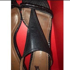 Donald J. Pliner Shoes - Donald J. Pliner Monti Kitten Heels